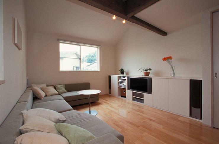 ホームシアターのあるリビング: ジェイ石田アソシエイツが手掛けたリビングです。,北欧