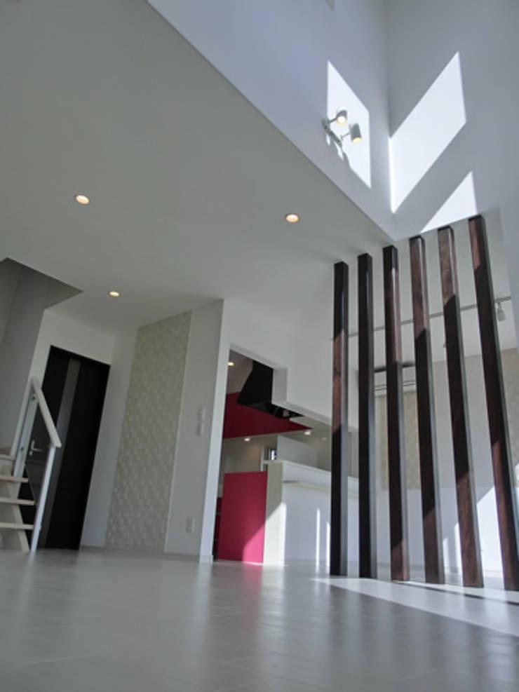 IDEAL: 株式会社IDEAL建築設計研究所が手掛けた廊下 & 玄関です。