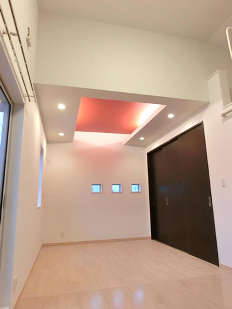 IDEAL: 株式会社IDEAL建築設計研究所が手掛けた寝室です。
