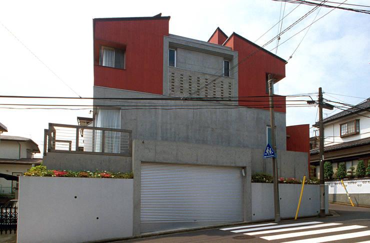 夏到来の家: ジェイ石田アソシエイツが手掛けた家です。