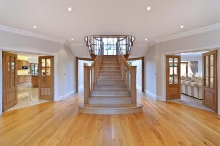 Corridor, hallway & stairs by Flairlight Designs Ltd