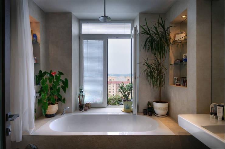 Квартира Мити Фомина: Ванные комнаты в . Автор – Студия дизайна  интерьера Лелы Кавтарадзе