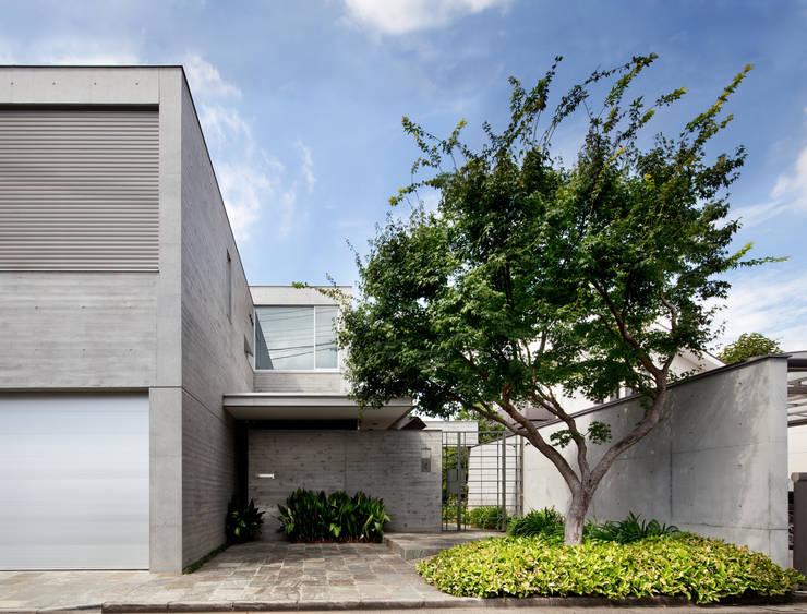 外観: 山崎壮一建築設計事務所が手掛けた家です。