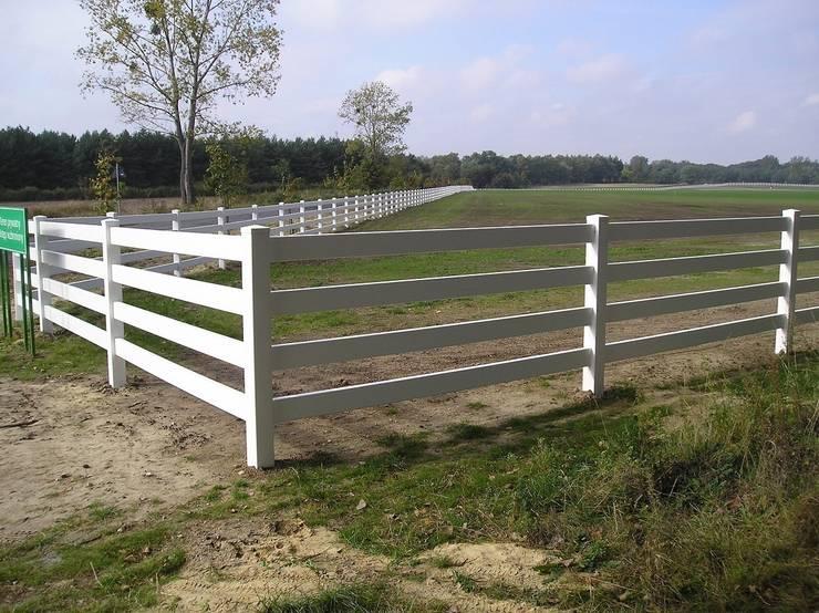 Ogrodzenie farmerskie 4: styl , w kategorii Ogród zaprojektowany przez Ogrodzenia PCV,