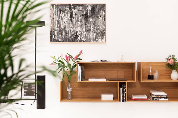 SHIFT Sideboard:  Living room by minimum einrichten GmbH