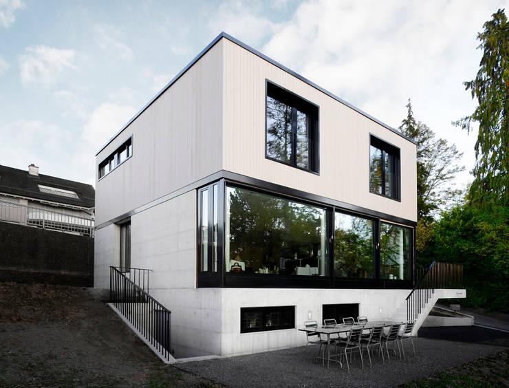 Haus Tschannen Faes, Ansicht Nordwest:  Häuser von Andreas Müller Architekten