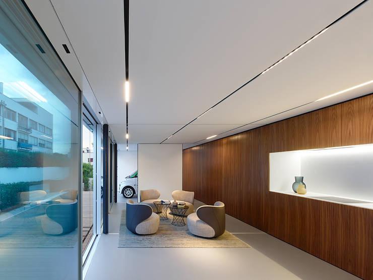 Living room by WERNER SOBEK
