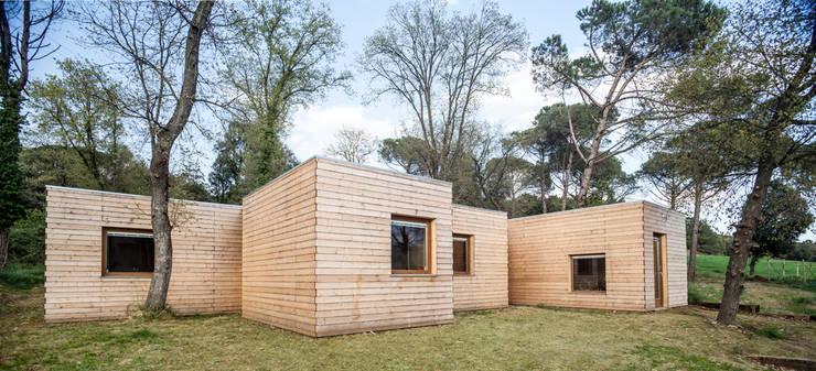 Casa GG Casas estilo moderno: ideas, arquitectura e imágenes de Alventosa Morell Arquitectes Moderno