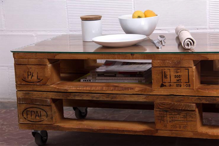 RUSELL mesa palets. 120x47cm, 2 alturas: Hogar de estilo  de ECOdECO Mobiliario