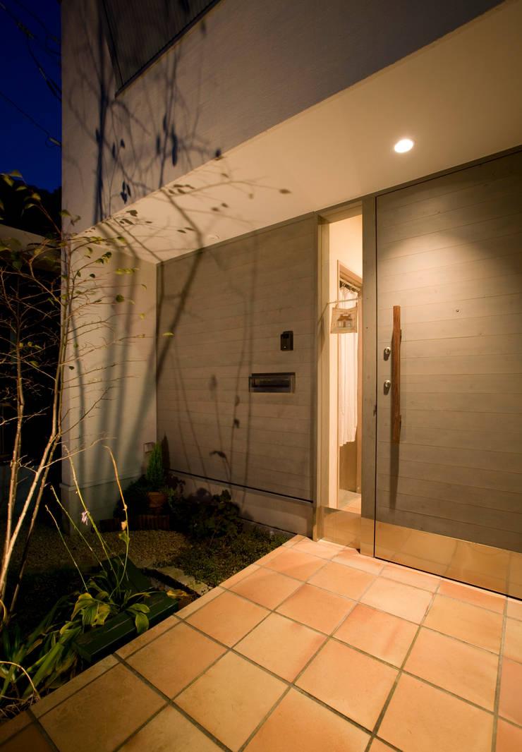 メロディーが囁く家: ジェイ石田アソシエイツが手掛けた窓です。