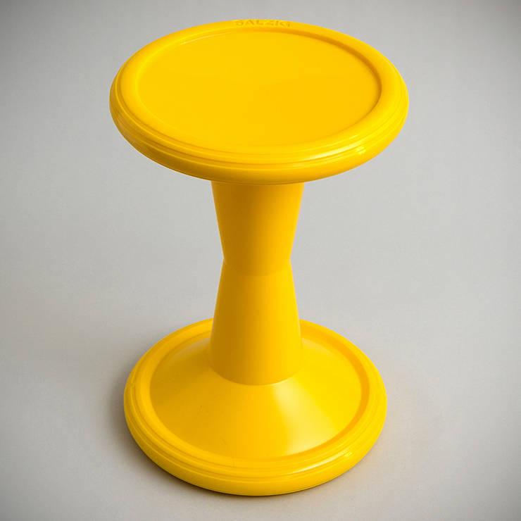 SALZIG Sporthocker SH2 Yellow - Top: minimalistische Esszimmer von SALZIG Sporthocker