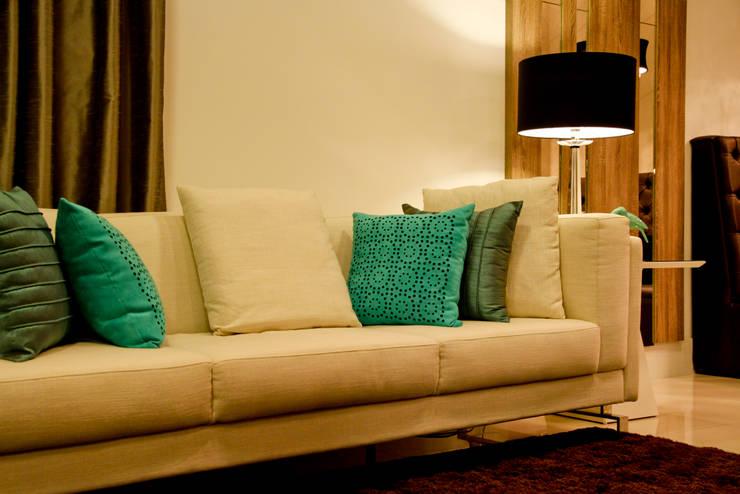Sala de estar: Salas de estar  por Daniela Vieira Arquitetura