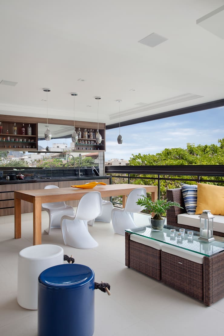 Varanda Gourmet: Terraços  por Amanda Miranda Arquitetura