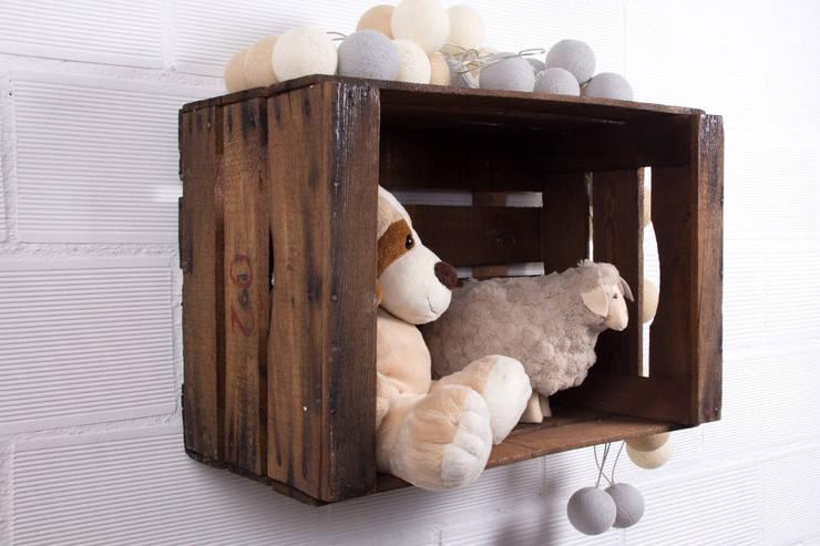 ABEDUL estantería cajas de fruta: Hogar de estilo  de ECOdECO Mobiliario