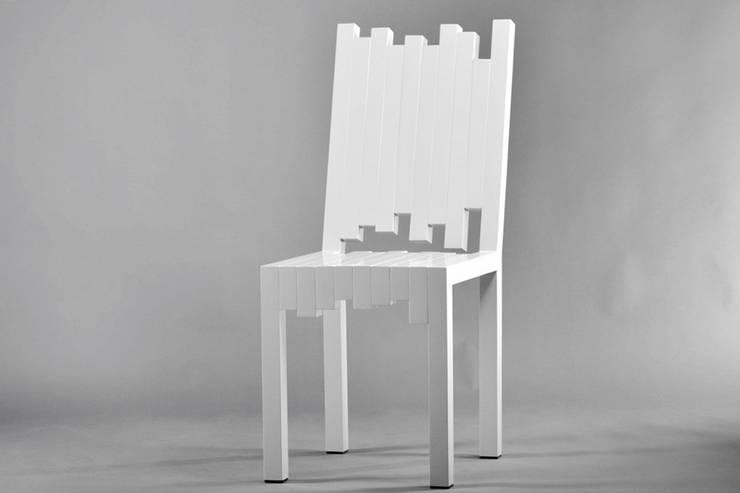 Krzesło Tetris: styl , w kategorii Jadalnia zaprojektowany przez This is minimal,
