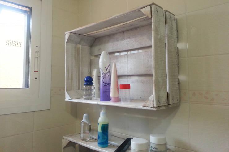 CEDRO estantería cajas de fruta: Hogar de estilo  de ECOdECO Mobiliario