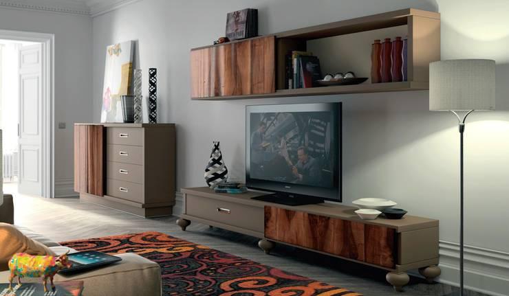 8: Salones de estilo  de Muebles Madrid decoración