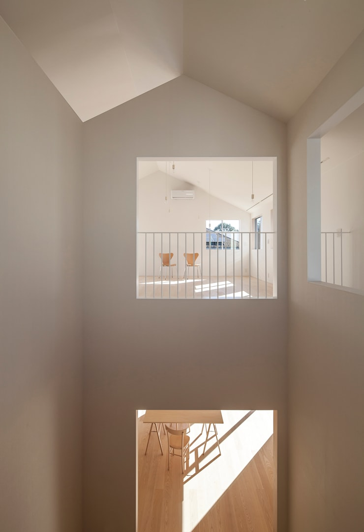 YUCCA design:  tarz Koridor ve Hol, Minimalist
