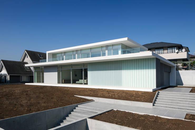 FACADE 3: YUCCA designが手掛けた家です。
