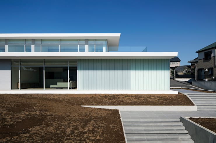 FACADE 2: YUCCA designが手掛けた家です。