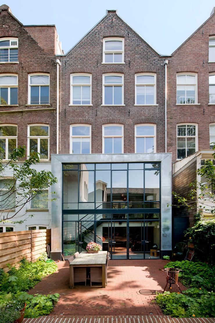 Complete verbouwing en inrichting herenhuis:  Huizen door Kodde Architecten bna
