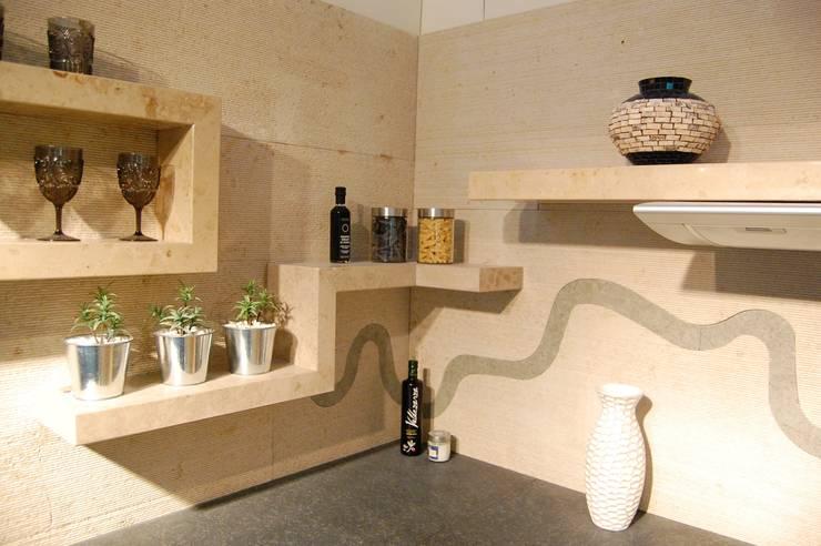 Projekty,  Kuchnia zaprojektowane przez Ogle luxury Kitchens & Bathrooms