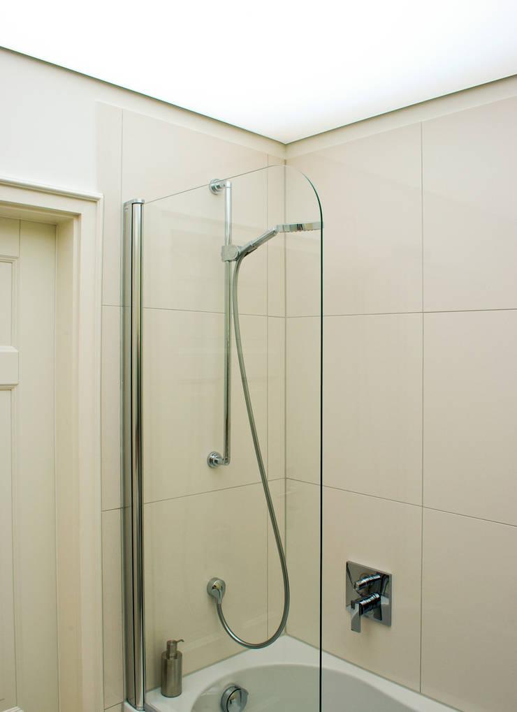 Kleines Bad ganz Gross von Dielen Innenarchitekten | homify