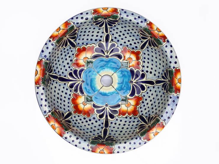 Floresa: styl , w kategorii Łazienka zaprojektowany przez Kolory Meksyku