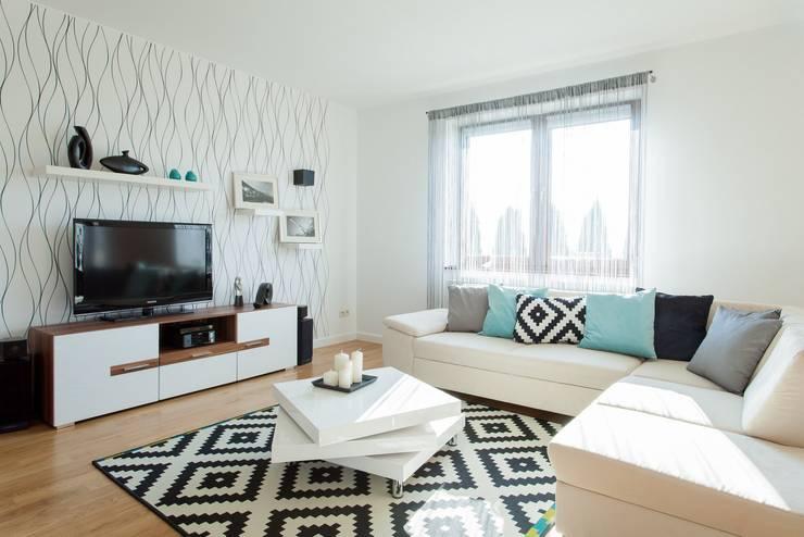 Dom z Głębokiej, home staging: styl , w kategorii Salon zaprojektowany przez Sceny Domowe