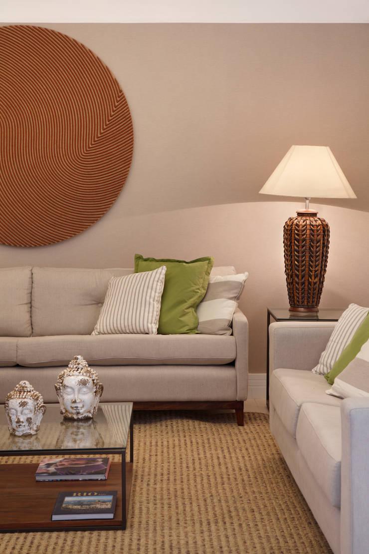 Sala: Salas de estar modernas por Amanda Miranda Arquitetura