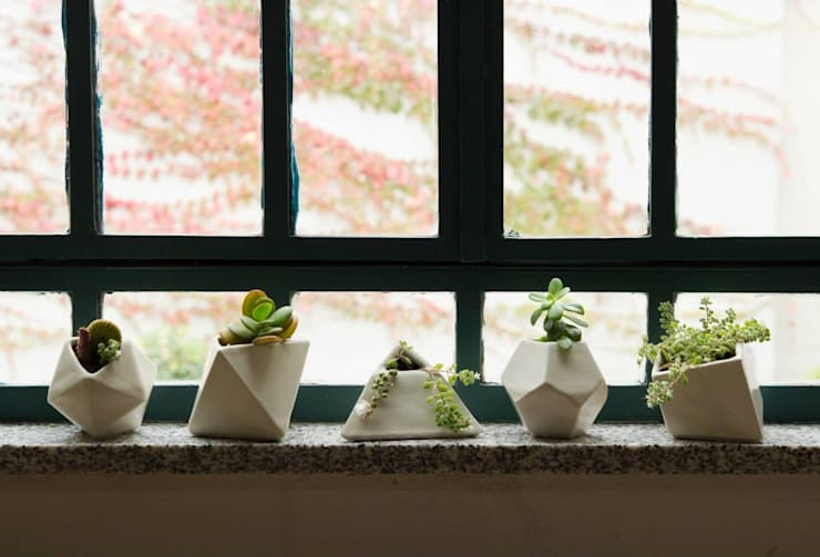 Decoración del Hogar: Balcones y terrazas de estilo  por Sílice - almacén de diseño -