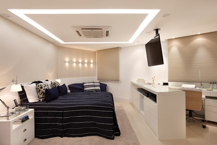 Bedroom by Amanda Miranda Arquitetura
