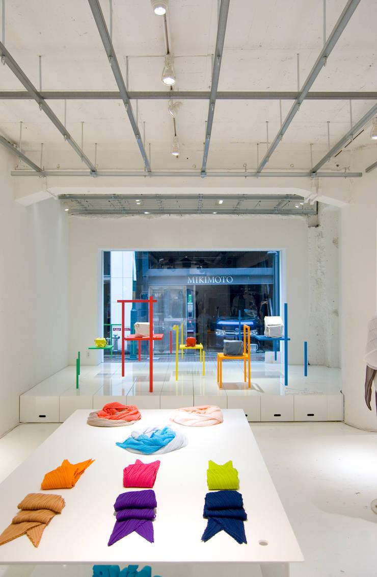 CH-AIR-S  for ISSEY MIYAKE: 山本陽一建築設計事務所が手掛けた商業空間です。