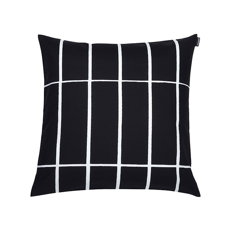 Tiiliskivi cushion cover :  Living room by Zanders And Sons