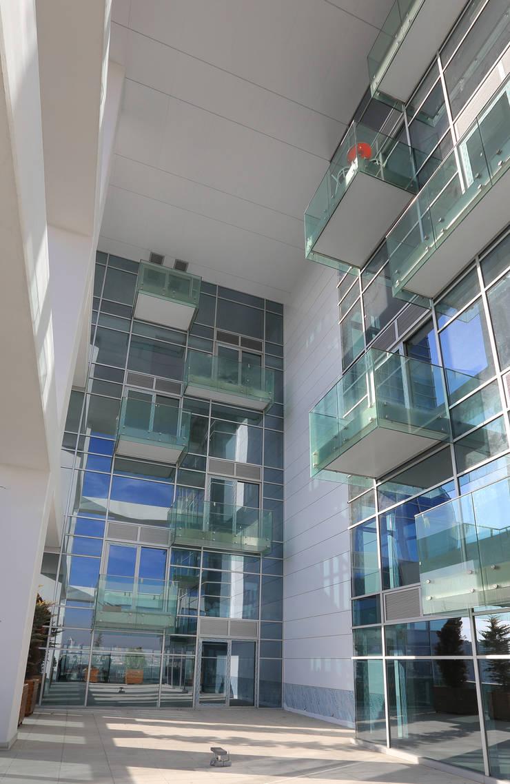 HATIRLI Mimarlık Ltd. Şti. – Ege Plaza:  tarz Ofis Alanları