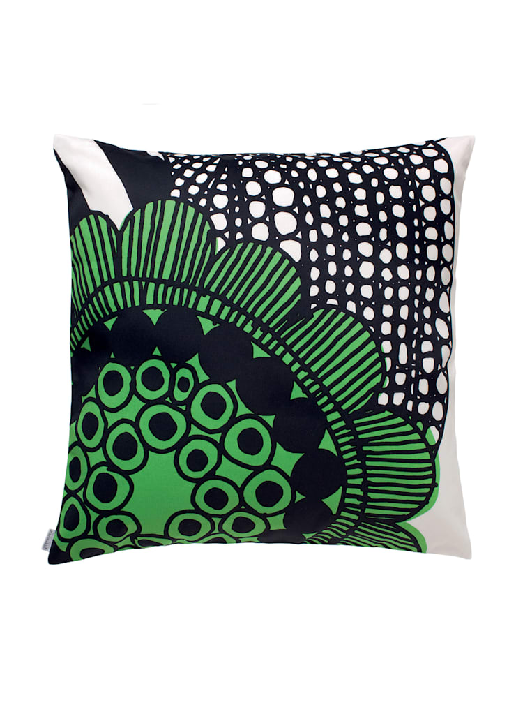 Siirtolapuutarha cushion cover:  Living room by Zanders And Sons