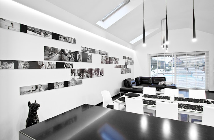 Wnętrze Black and White : styl , w kategorii Salon zaprojektowany przez KLIFF DESIGN