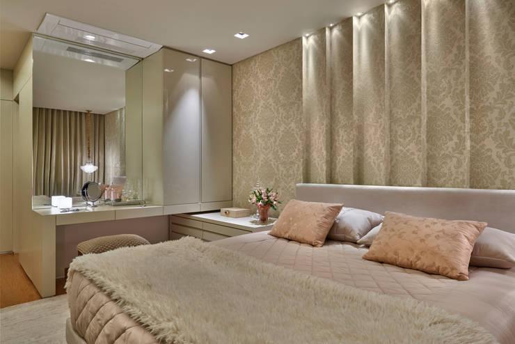 Спальная комната  в . Автор – Gislene Lopes Arquitetura e Design de Interiores