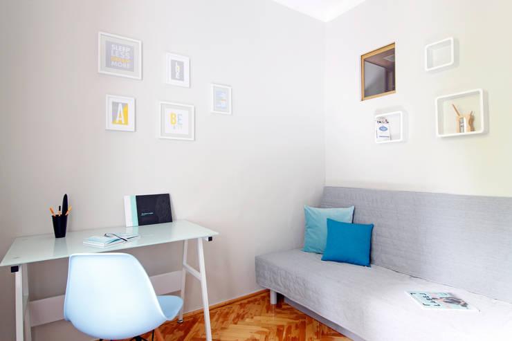 POKÓJ NR 2 PO METAMORFOZIE: styl , w kategorii Salon zaprojektowany przez Better Home,