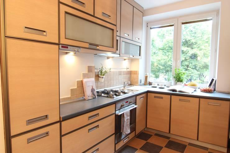 KUCHNIA PO METAMORFOZIE: styl , w kategorii Kuchnia zaprojektowany przez Better Home