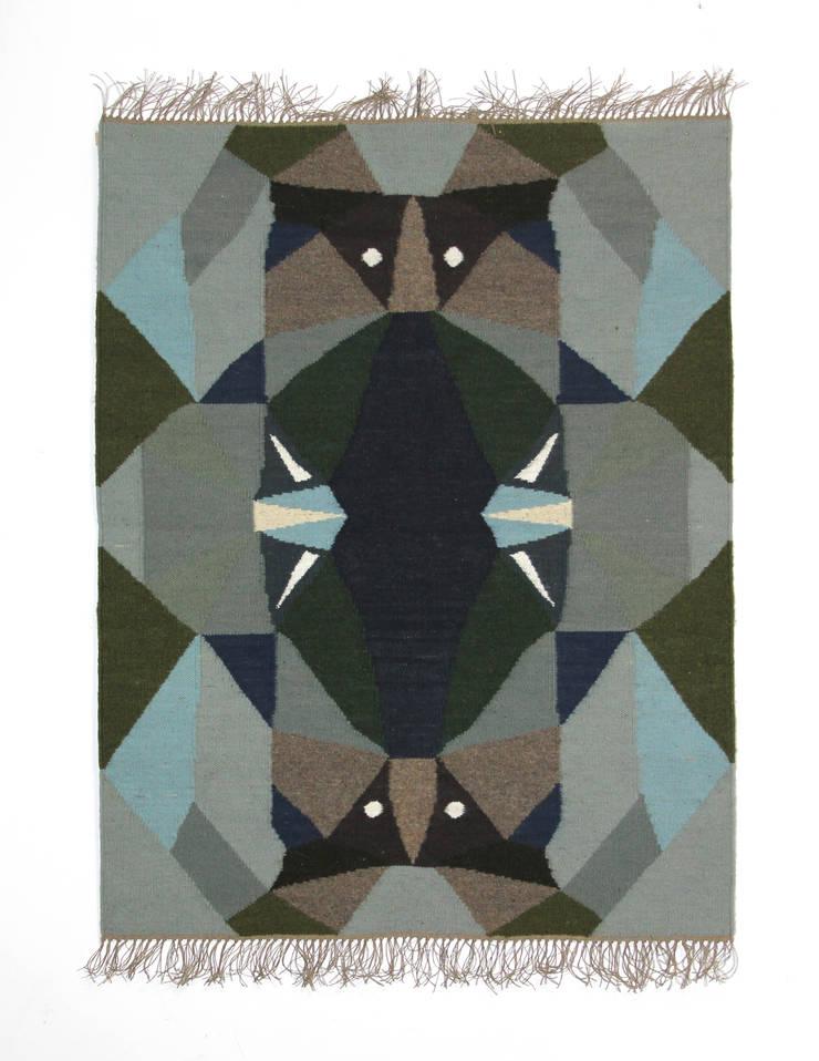 Kilim Night: styl , w kategorii Salon zaprojektowany przez Kosmos Project