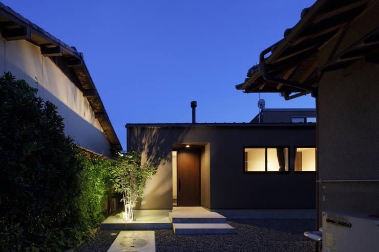 Houses by タカオジュン建築設計事務所-JUNTAKAO.ARCHITECTS-