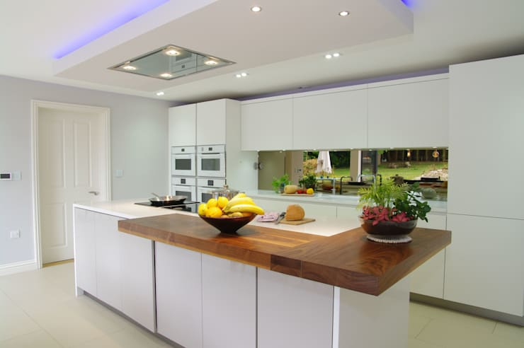Matt White and Cashmere Design :  Kitchen by PTC Kitchens
