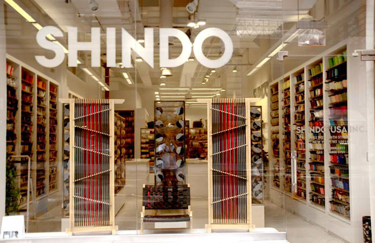 SHINDO's showroom in NYC by tona BY RIKA KAWATO / tonaデザイン事務所 Азіатський
