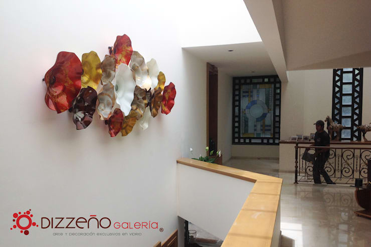 Decoración Set Platones : Paredes y pisos de estilo  por Dizzeño Galería