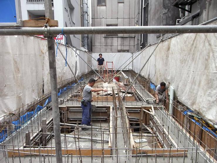 基礎工事: 前見建築計画一級建築士事務所(Fuminori MAEMI architect office)が手掛けたです。