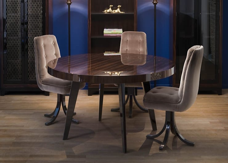 Harry Dining Table:  Dining room by We Style Homes