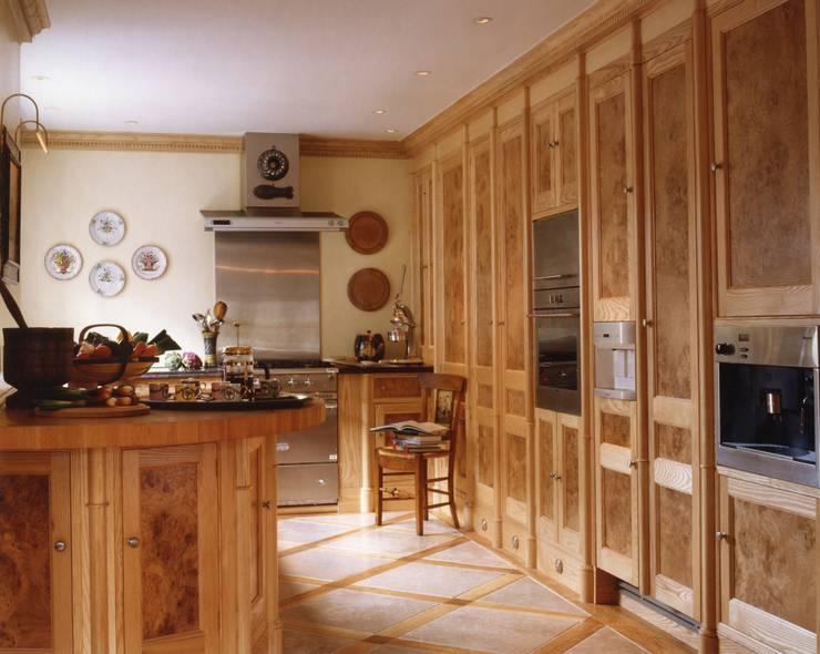 Mayfair Apartment - Kitchen:  Kitchen by Meltons