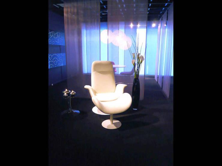 Erik Jørgensen: tona BY RIKA KAWATO / tonaデザイン事務所が手掛けた会議・展示施設です。
