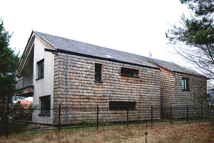 Houses by SDA - SZCZEŚNIAK DENIER ARCHITEKCI,